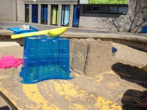 Zandkastelen bouwen I de eerste zand torenI Creatief lifestyle blog Badschuim