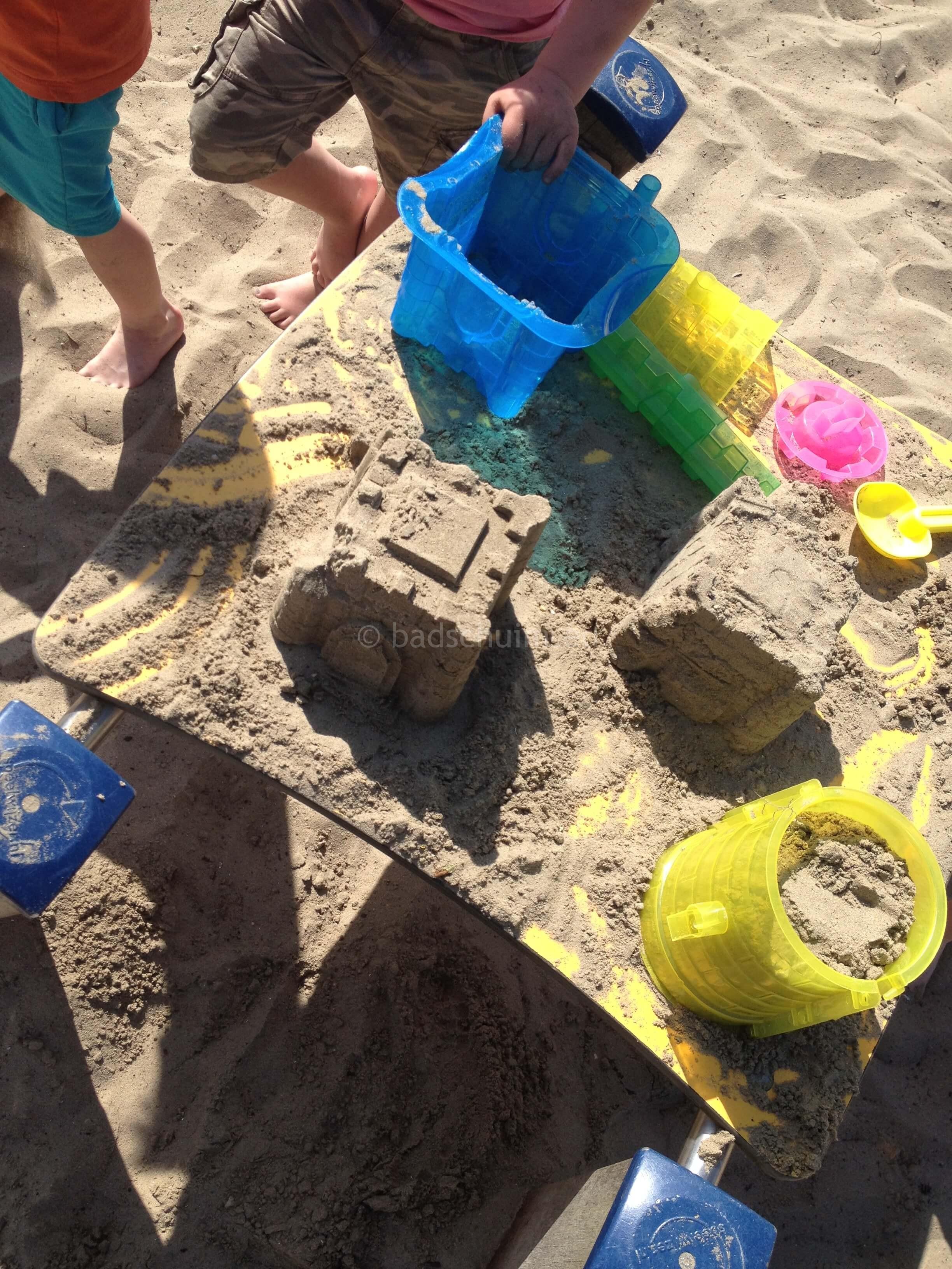 Zandkastelen bouwen I zand creatiesI Creatief lifestyle blog Badschuim