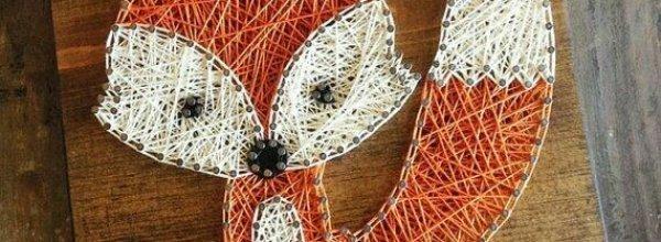 Houten plankje met figuur van wol
