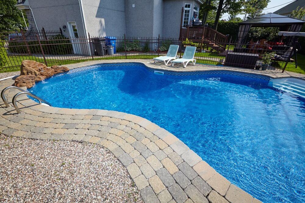 Een-zwembad-waarom-niet